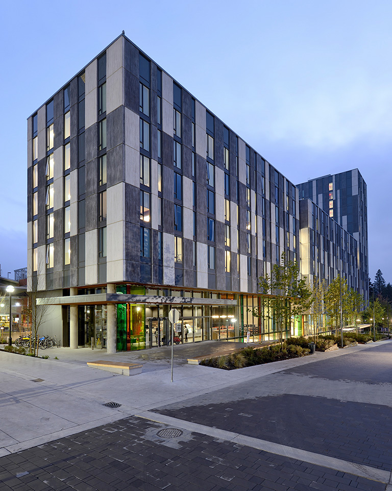 Cafes and restaurants are visible at ground level with the aim of welcoming in passers by and the greater campus community. Photo credit: Student Housing and Hospitality Services